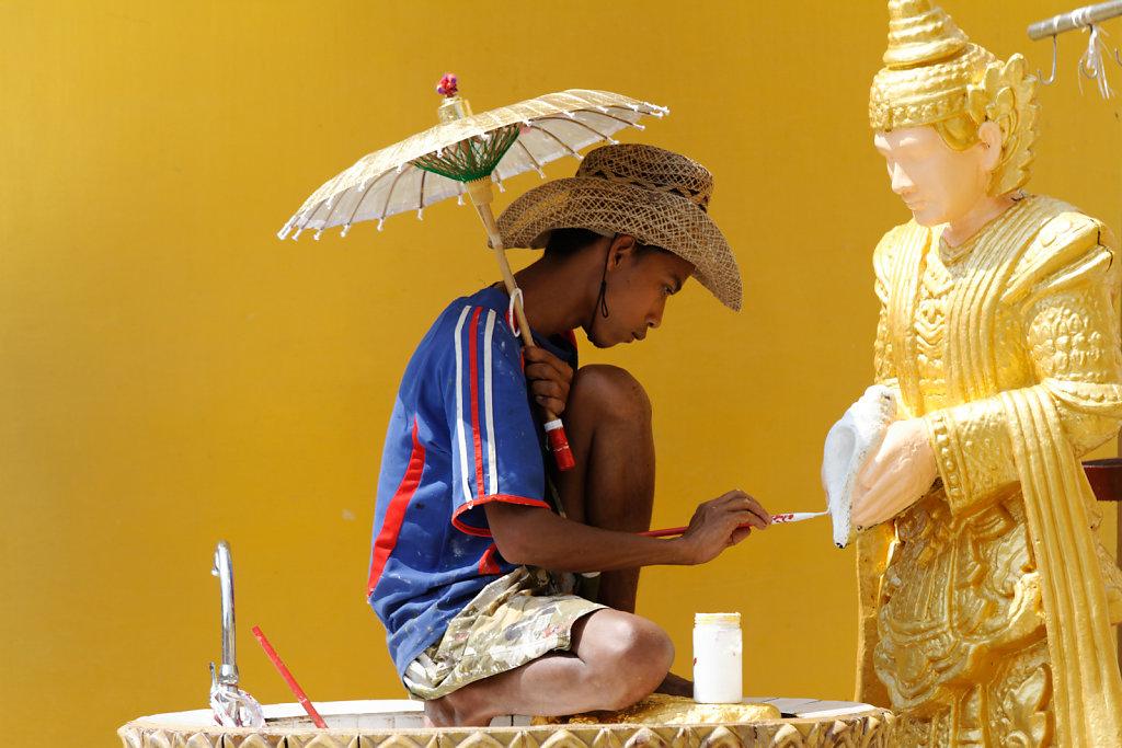 painting buddha